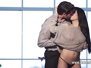Hardcore sex of beautiful model and her gigolo