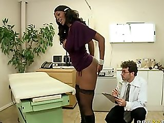 Hot Black Chick Brings Her 40 Inch Ass For Some Anal Experiment.