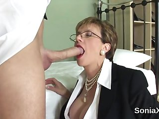 Cheating uk mature lady sonia shows off her massive tits