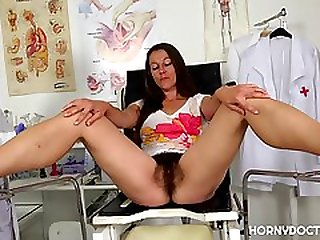 CUM ON HER HAIRY PUSSY