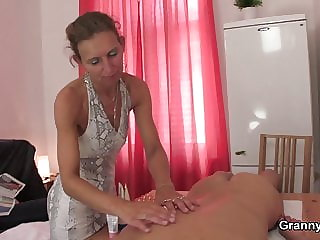 Hairy pussy masseuse granny games