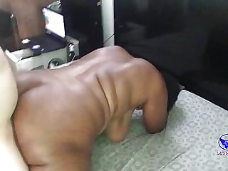 black maid with big ass gets a good pounding