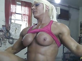 British muscle woman gets her pussy eaten and fucked