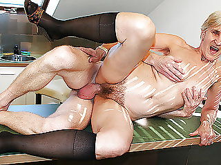 83 years old mom fucked by stepson