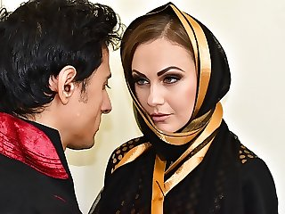 Indian Muslim wife fucked in ass and pussy by stranger
